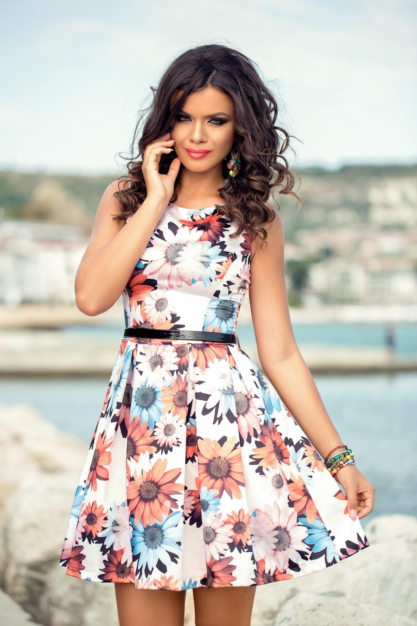 rochie_scurta_din_satin_cu_imprimeu_floral_ieftina
